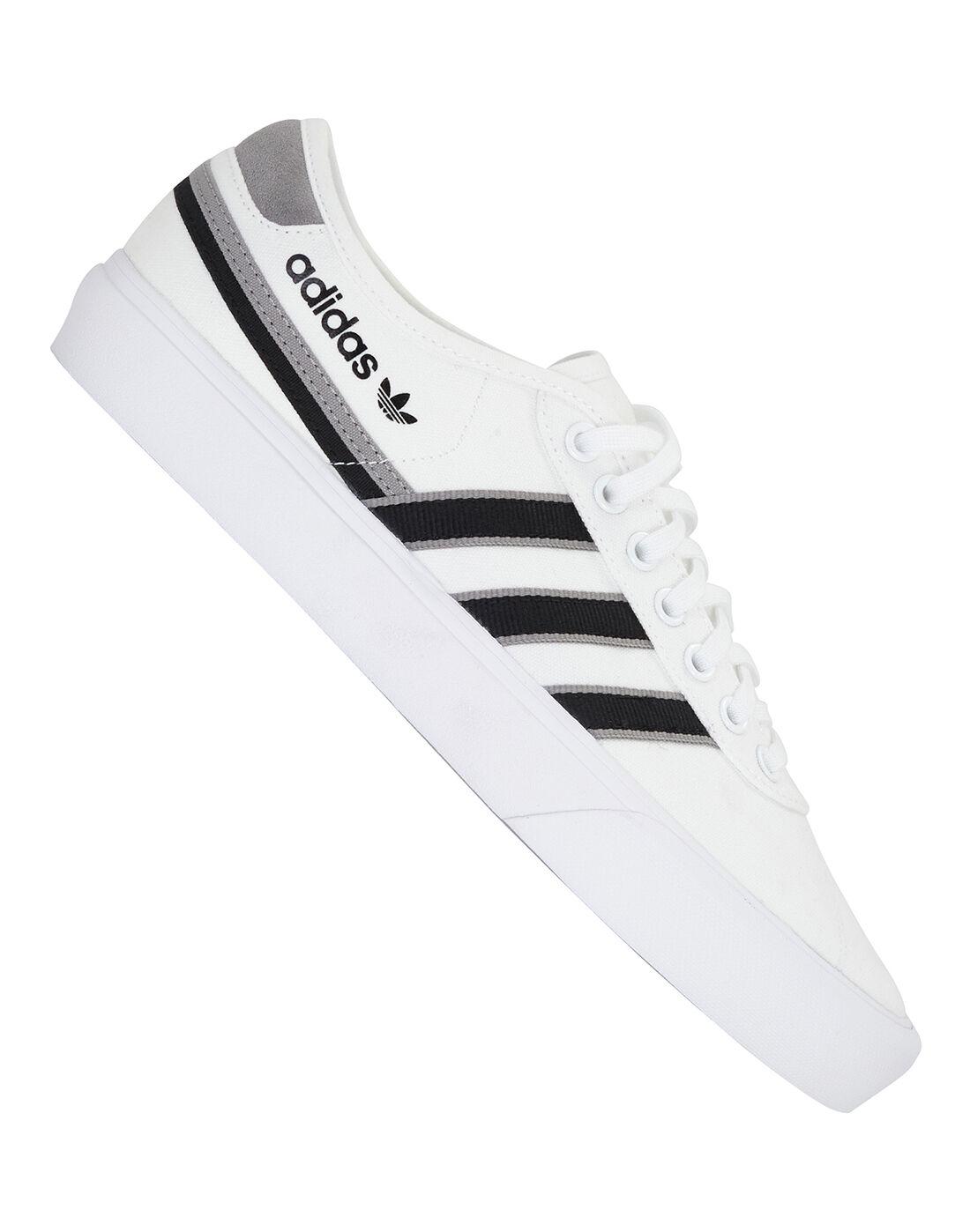 adidas Originals nmd pitch black being worn women shoes on sale | Mens Delpala