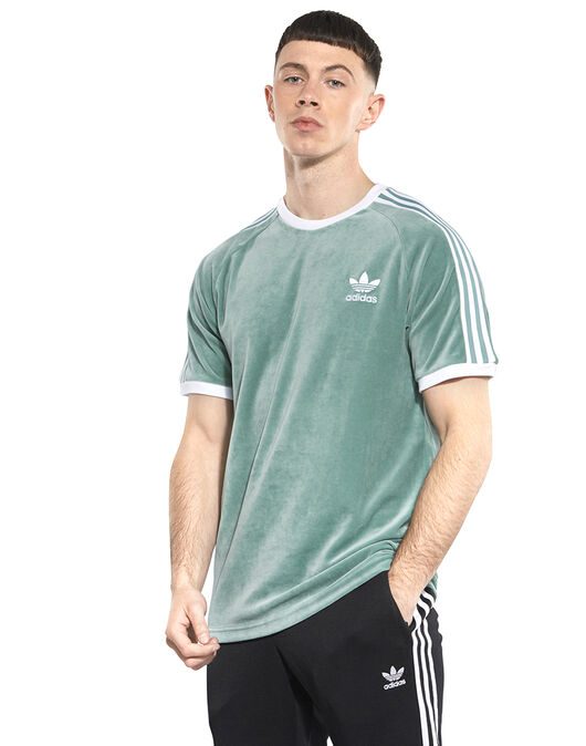 separation shoes 70be8 33959 Men s Green Cozy adidas Originals T-Shirt   Life Style Sports