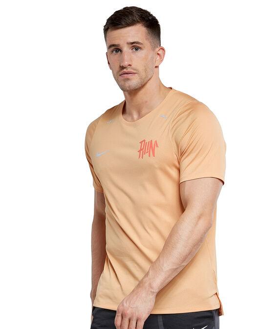 Mens Wild Run Breathe Rise 365 T-shirt