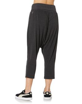 Womens Drapey 3/4 Pant