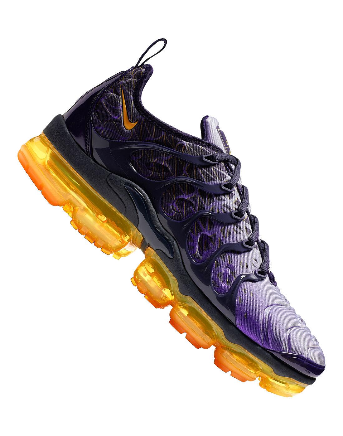Orange Nike Vapormax Plus