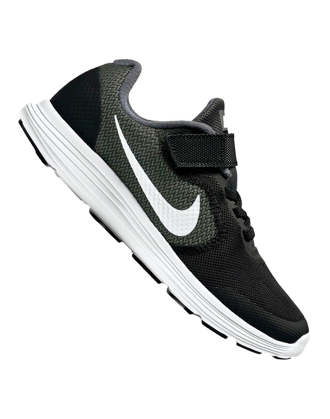 e1ecd824fb3c8b Nike Younger Boys Revolution 3