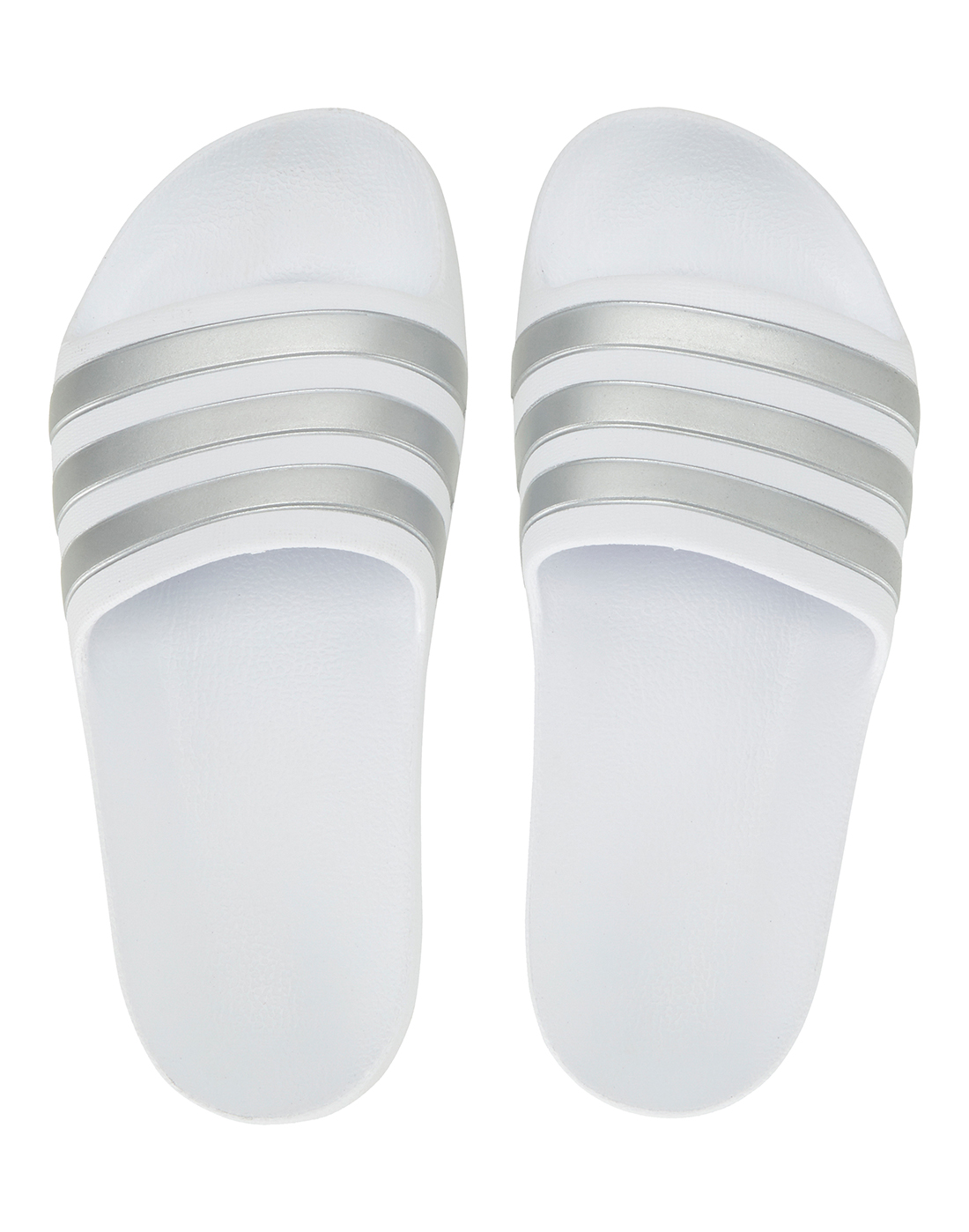 cheaper d33fd 4b4a2 Older Kids Adilette Aqua Slides ...