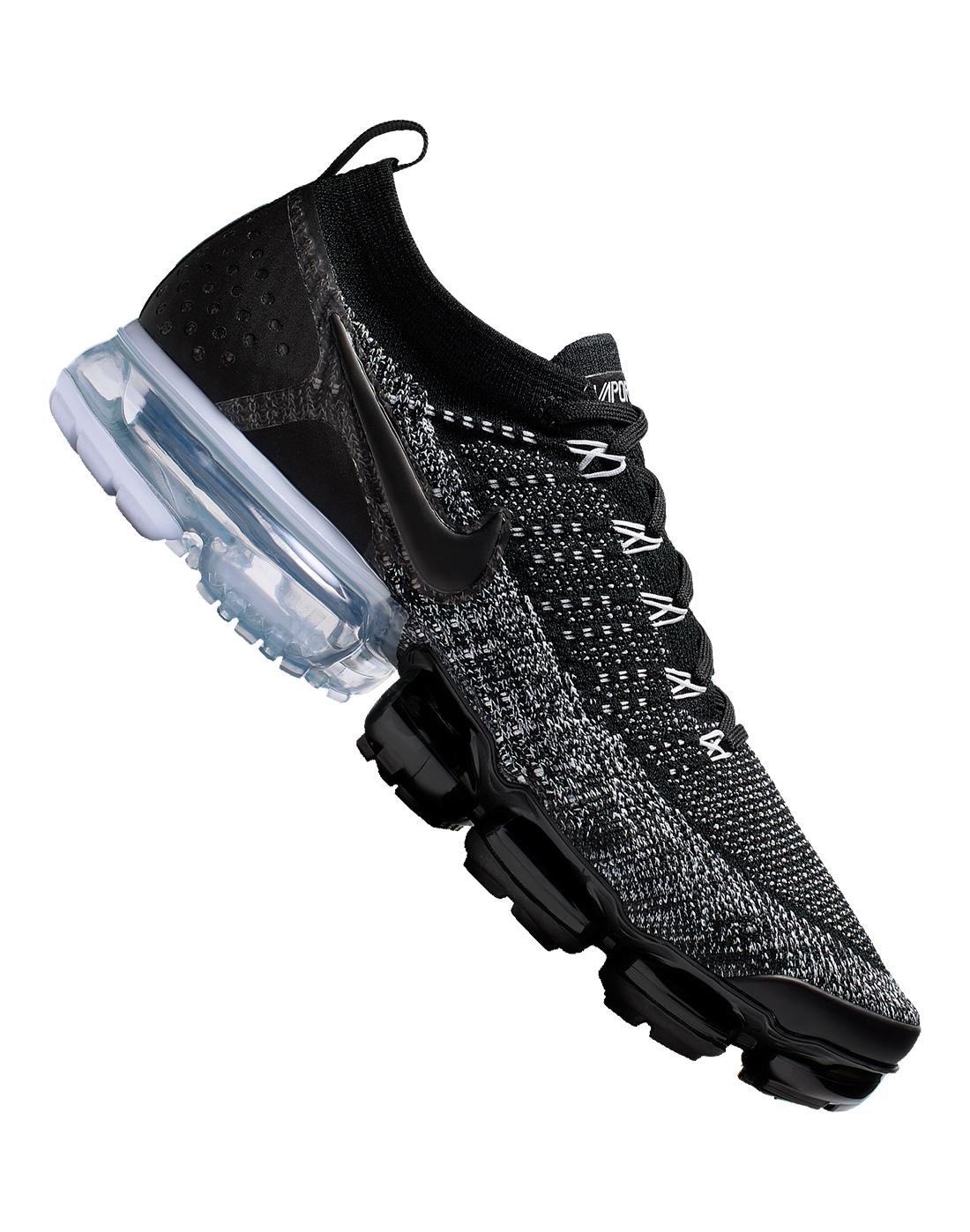 62ef6224a0a8b Men s Black   White Nike Air Vapormax Flyknit 2