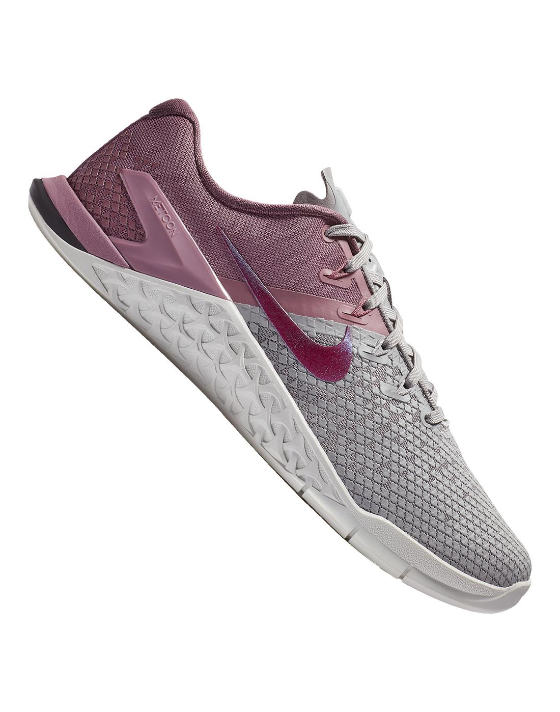 9a52b21c17df8 Women s Pink Nike Metcon 4