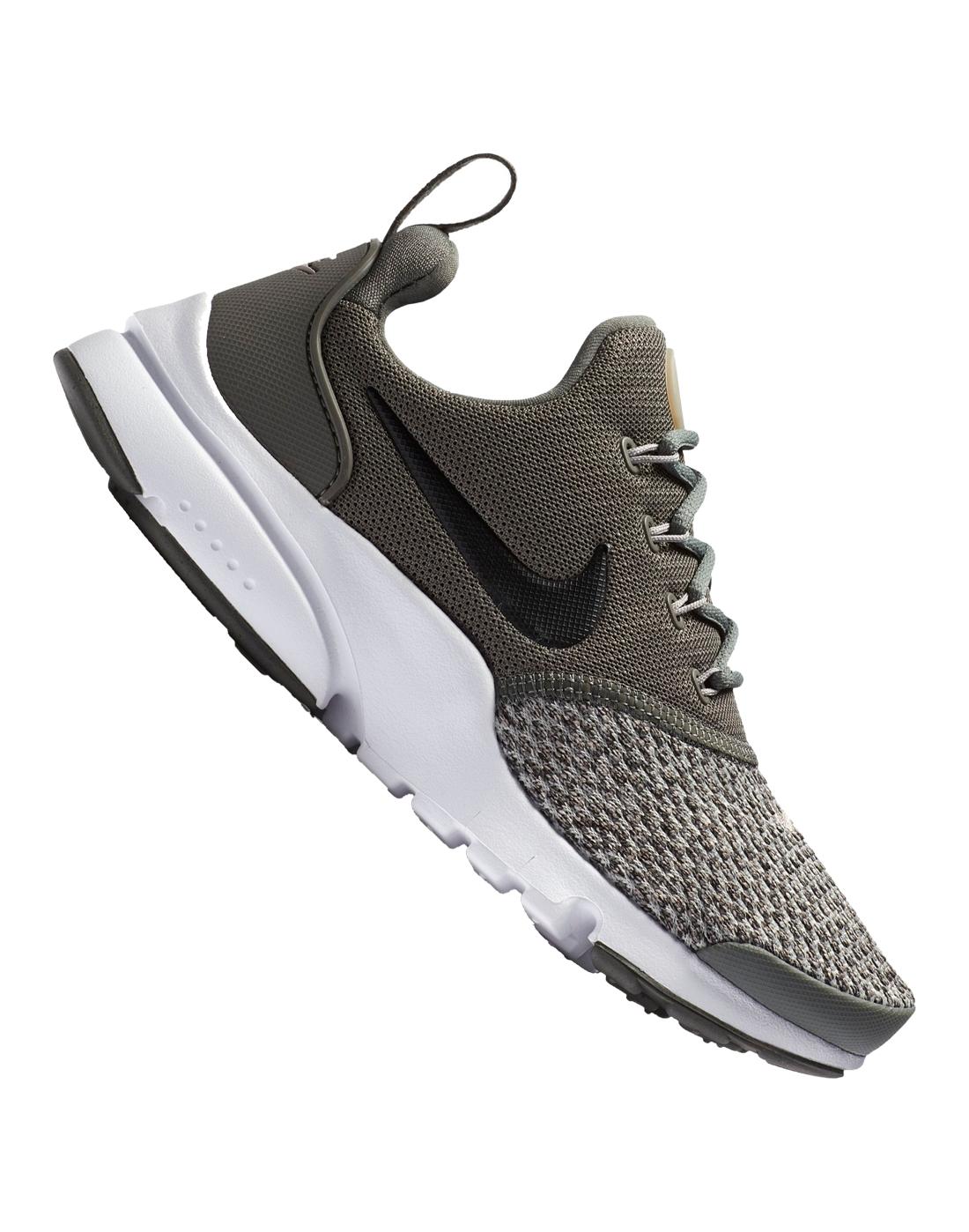 d4a4e2a52 Nike Older Kids Presto Fly SE | Life Style Sports