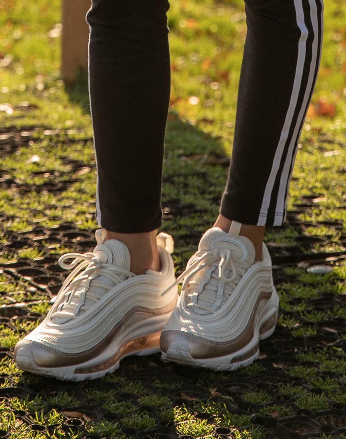 Nike Older Girls Air Max 97 Ultra 17