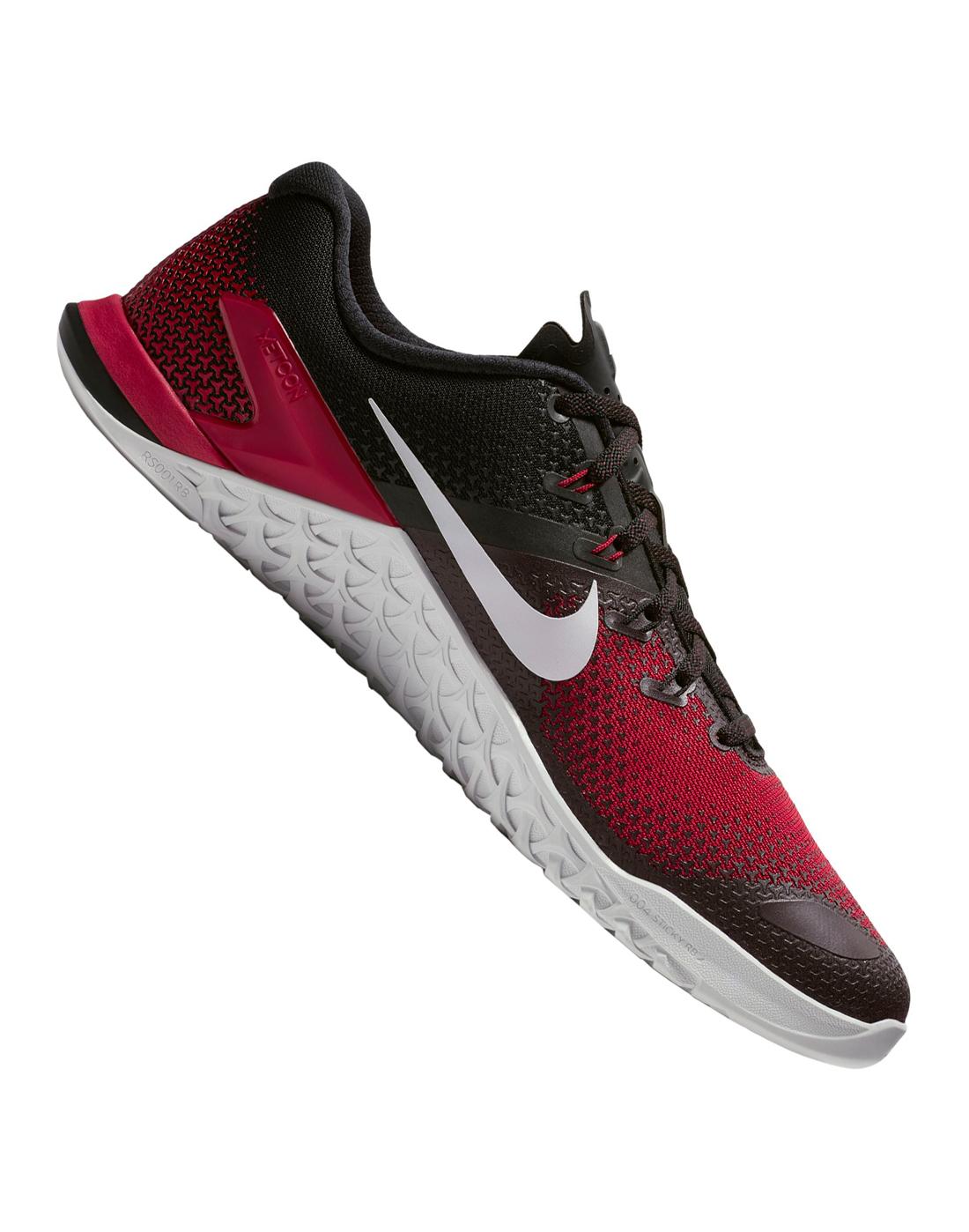 6a4d95f3d811 Men s Nike Metcon 4