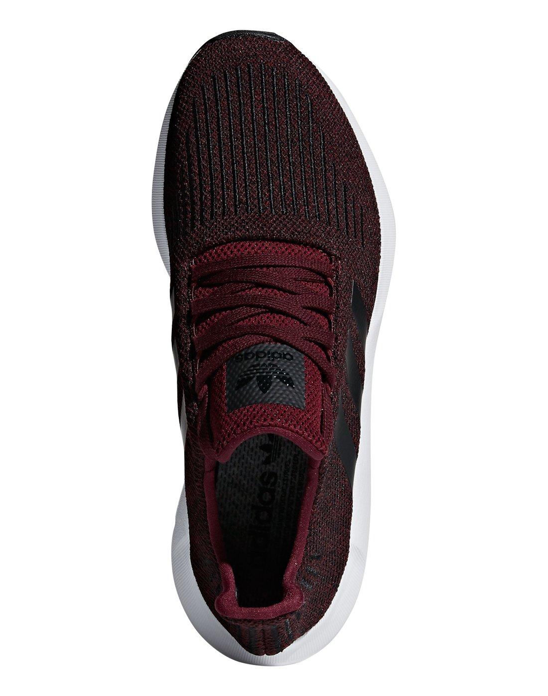 adidas swift run glitter black